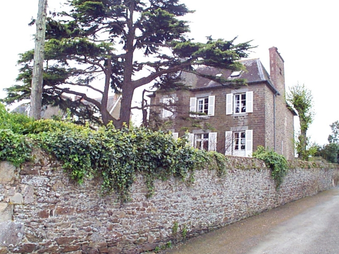 Maison de villégiature dite villa [L, (?) ] isloyette, 1 rue Robert Surcouf ; rue de la Vallée Porcon (Cancale)