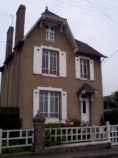 Maison de villégiature, 8 rue de la Marine (Cancale)