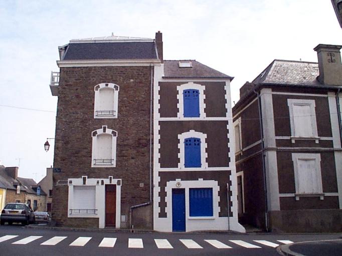 Maison, 9 rue du Port (Cancale) ; Maison, 7 rue du Port ;  place de la Victoire (Cancale)