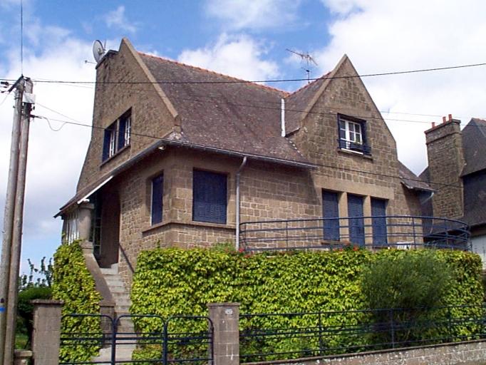 Batterie, maison, 42 boulevard Thiers, Pointe des Crolles (Cancale) ; Lotissement de la pointe des Crolles, Boulevard Thiers (Cancale)