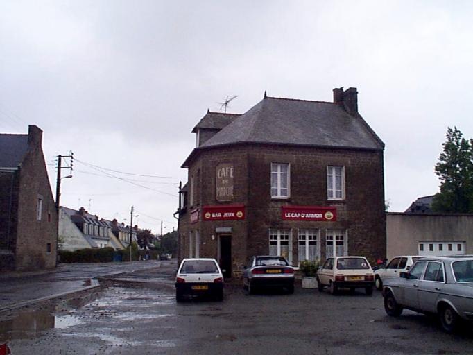 Café Le Cap d'Armor, anciennement Café du marché, 20 boulevard d' Armor, les Petites Croix (Cancale)