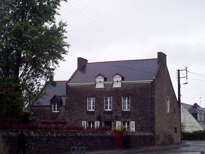Maison de maréchal ferrand, boulevard d'Armor, les Petites Croix (Cancale)