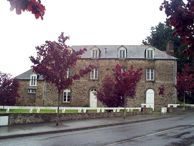 École de garçons dite école du couvent de Bel-Air, rue du Stade ; rue Eugène Herpin (Cancale)