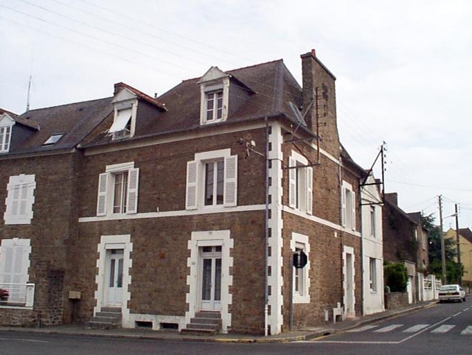 Immeuble à logements, 34 rue de Saint-Malo ; 18 rue du Général Fauchon (Cancale)
