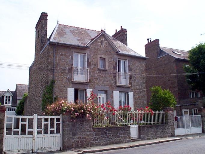 Maison de capitaine (?), 22 rue de Saint-malo (Cancale)
