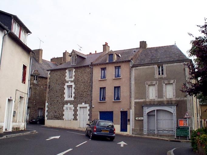Îlot, Place Jean Bart ; Place Saint-Méen ; rue de l' Îlôt (Cancale)