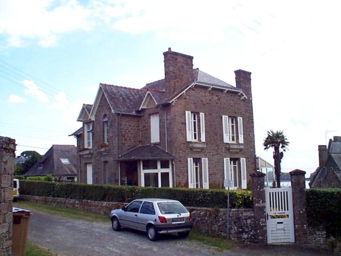 Maison dite Les Tangons, 2 rue Emile Lecerf ; 7 rue du Mont-Saint-Michel ; 8 rue du Rocher de Cancale (Cancale)