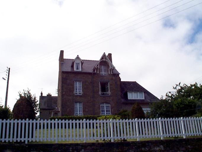 Maison de villégiature, 5 rue du Mont-Saint-Michel ; 1 rue Emile Lecerf (Cancale)