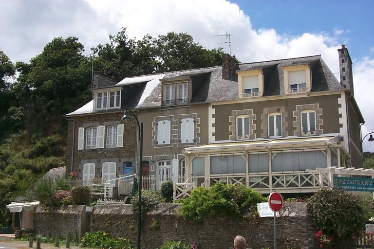 Maisons, 2, 4, 6 ? quai Jacques Cartier ; rue Ernest Lemort, la Houle (Cancale)