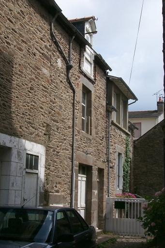 Maison de pêcheurs, 6 rue Voltaire ; rue Carnot, la Houle (Cancale)