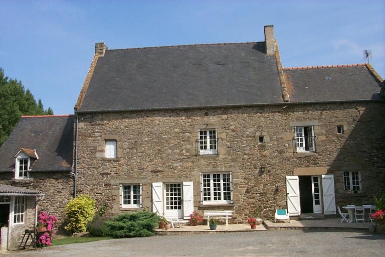 Manoir, la Ville-ès-Nouveaux (Cancale) ; Les manoirs, châteaux et demeures sur la commune de Cancale