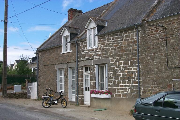 Maison, la Cours-ès-Girard (Cancale) ; Maison, la Cours-ès-Girard (Cancale)