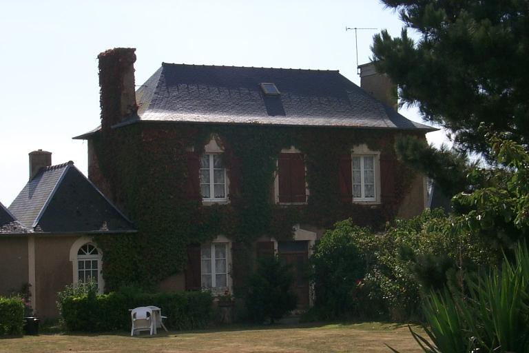 Maison de notable, rue de la Vieille Rivière, la Ville Chauvin (Cancale)