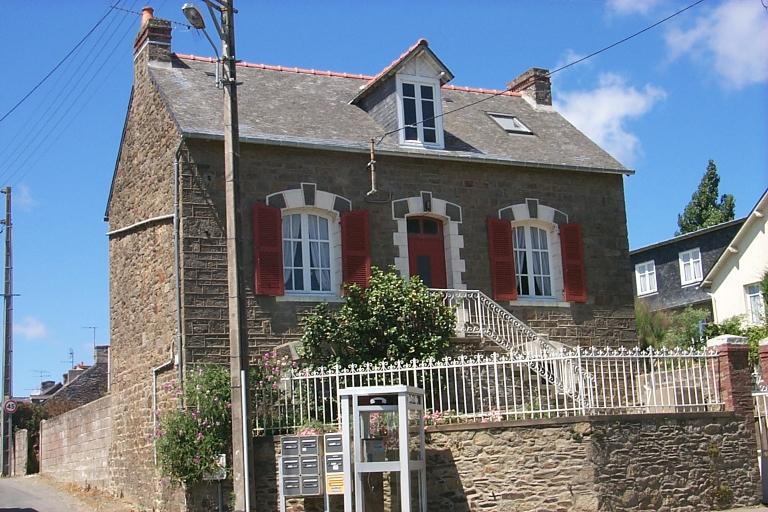 Maison, rue des Français Libres ;  rue des Guérêts, Terrelabouët (Cancale)