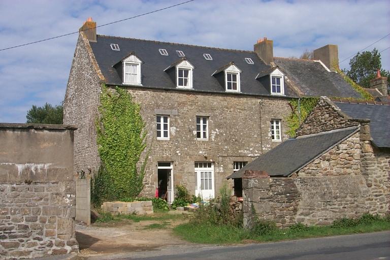 Ferme, rue du Verger ; rue de Corgnais, la Haute Ville Gueurie (Cancale)