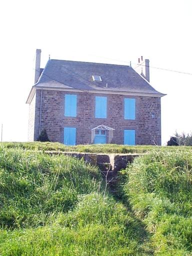 Maison, Route départementale N° 155 (Hirel)