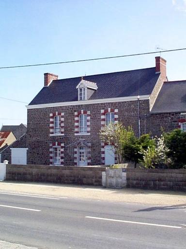 Maison dite Mon Repos, 15 rue du Bord de Mer (Hirel)