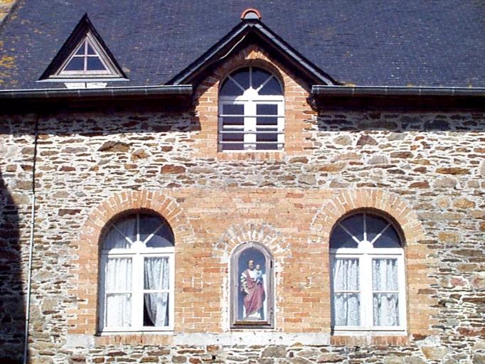 École Saint-François, 9-11 rue des Ecoles (Hirel)