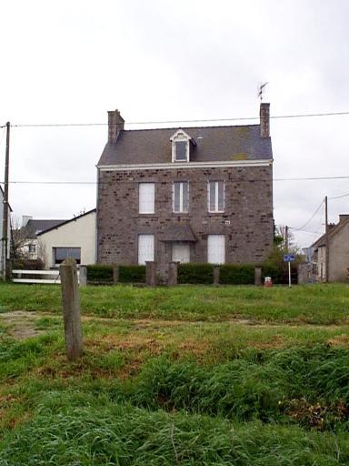 Maison, 34 rue du Littoral (Hirel)