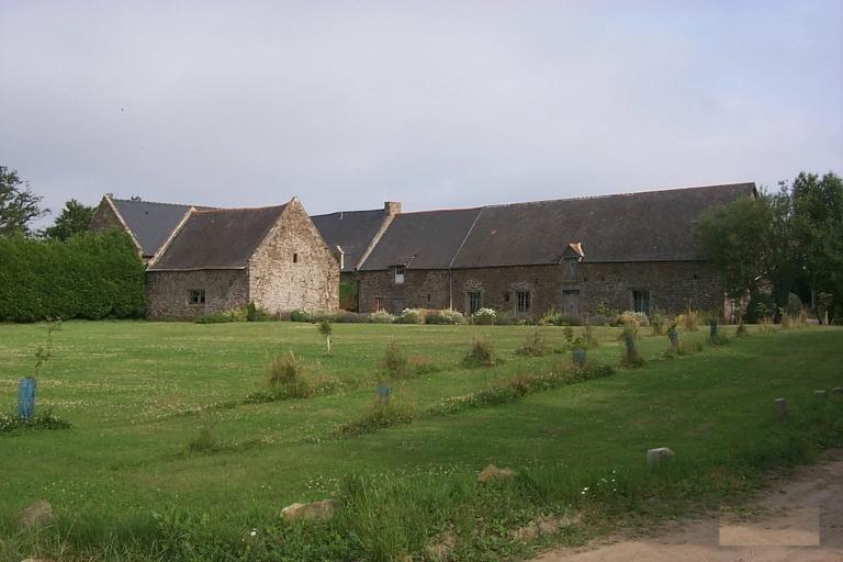 Ferme, Bienlivien (Saint-Coulomb)