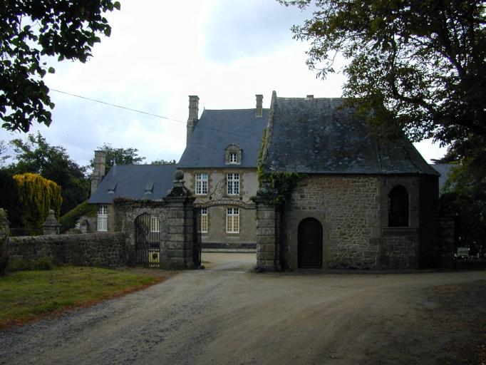 """Chapelle Saint-Charles, le Lupin (Saint-Coulomb) ; Château, dite """"malouinière"""" du Lupin (Saint-Coulomb)"""