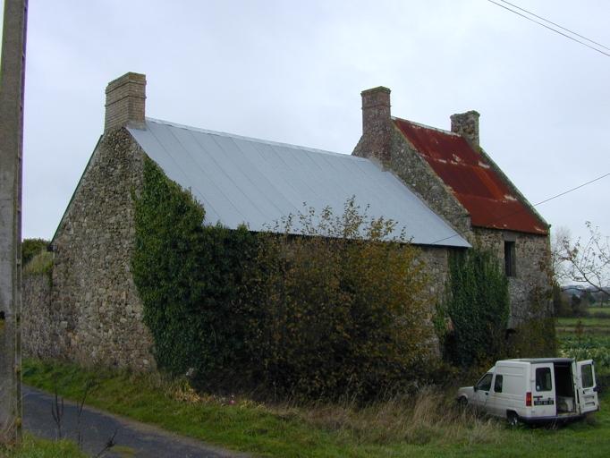 Maison, la Tiolais (Saint-Coulomb) ; Ferme, la Tiolais (Saint-Coulomb)