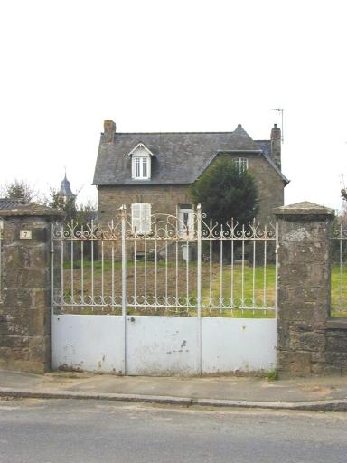 Maison, 7 rue de la Ville Croix (Saint-Coulomb)
