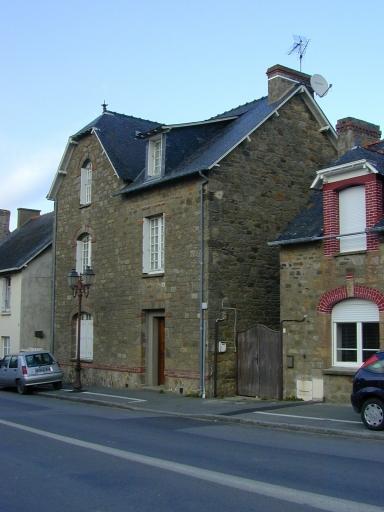 Maison, 29 Grande Rue de la Poste (Saint-Coulomb)