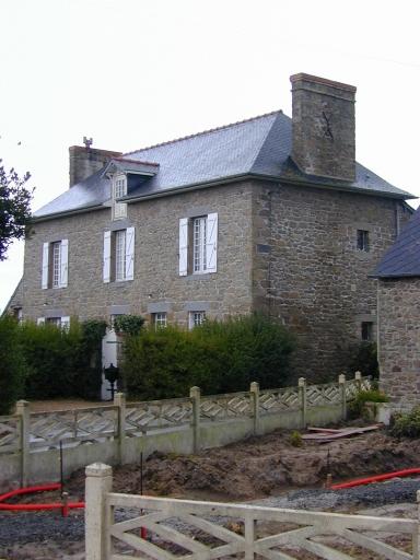 Maison, 1 rue de Montgarni (Saint-Coulomb)