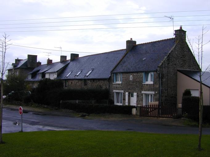 Alignement de maisons, 3-13 rue de Montgarni (Saint-Coulomb)