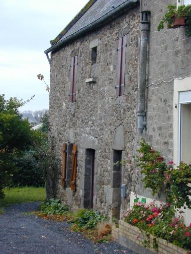 Maison, 11 rue des Bas Chemin (Saint-Coulomb)