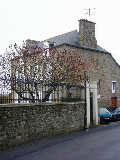 Maison, 5 rue de la Mairie (Saint-Coulomb)
