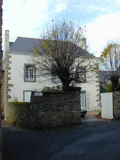 Maison, 6 rue Adrien Salle (Saint-Coulomb)