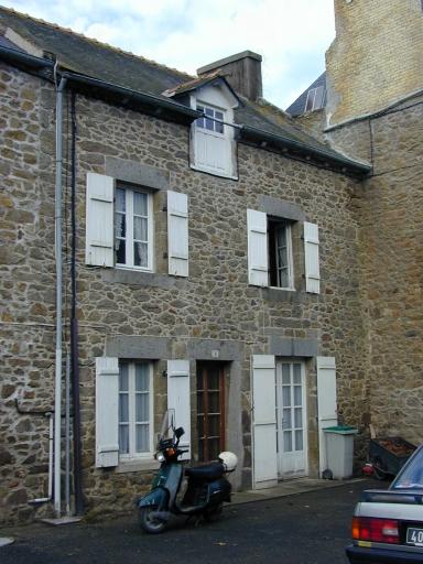 Maison, 8 rue Adrien Salle (Saint-Coulomb)