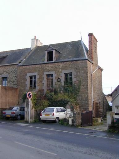Maison, rue de Saint-Malo (Saint-Coulomb)