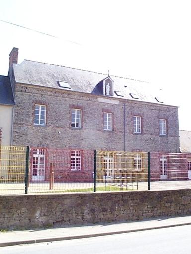 École Saint-Joseph, 15 rue de la Gare (Saint-Méloir-des-Ondes)