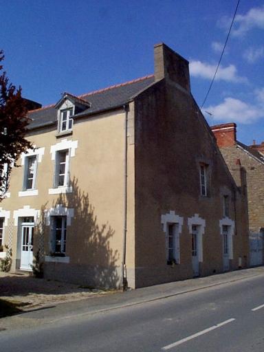 Maison, rue de la Gare (Saint-Méloir-des-Ondes)