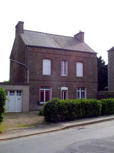 Maison, 5 rue de Bellevue (Saint-Méloir-des-Ondes)