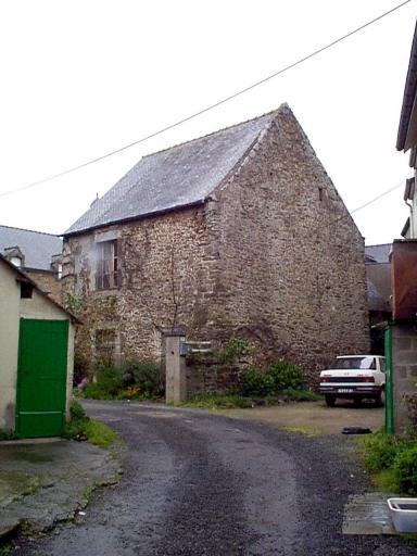 Maison, place de l'Eglise (Saint-Méloir-des-Ondes)