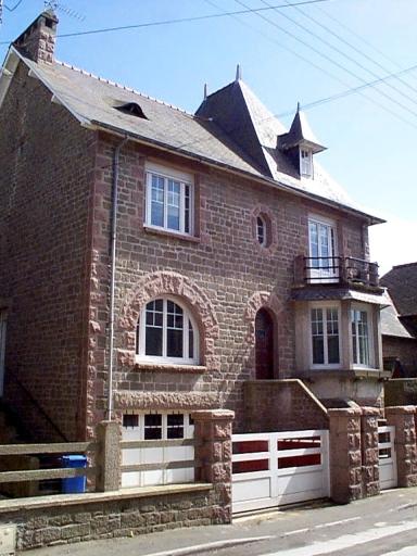 Maison, 5 rue de la Gare (Saint-Méloir-des-Ondes)