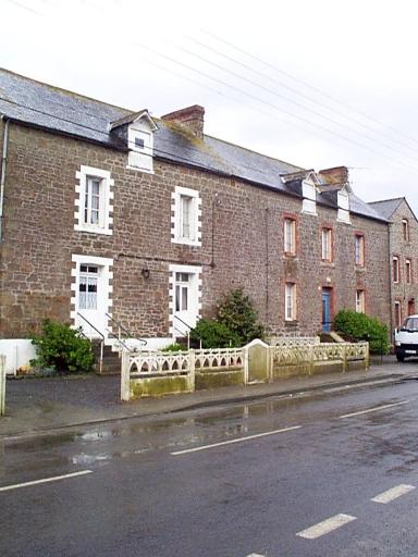 Maison, 39 rue du Clos-Poulet (Saint-Méloir-des-Ondes) ; Maison, 41 rue du Clos-Poulet (Saint-Méloir-des-Ondes)
