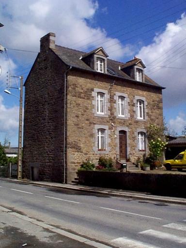 Maison, 4 rue de la Main d'Argent (Saint-Méloir-des-Ondes)