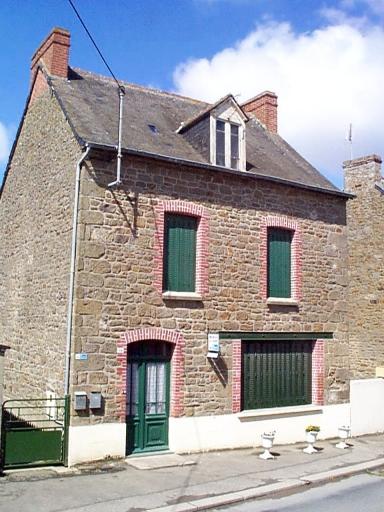 Maison, 13 rue de Radegone (Saint-Méloir-des-Ondes)