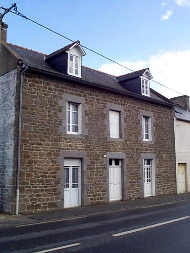 Maison, 37 rue Portes Rouges (Saint-Méloir-des-Ondes)