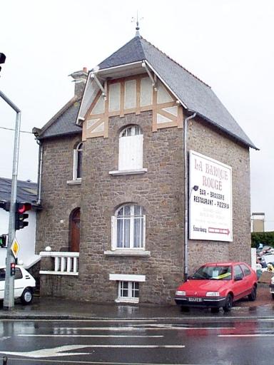 Maison, rue Portes Rouges (Saint-Méloir-des-Ondes)