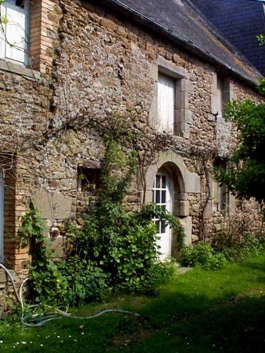 Manoir, les Douets (Saint-Méloir-des-Ondes)