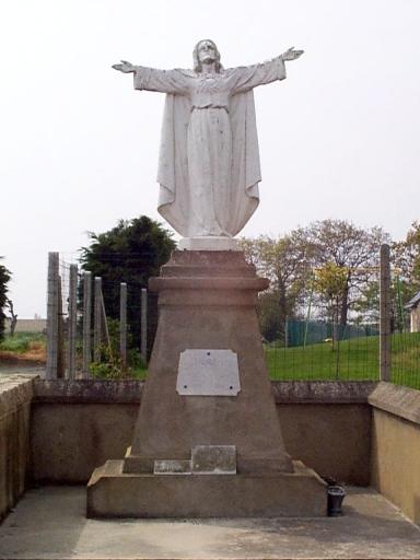 Monument du Sacré Coeur, Bel Event (Saint-Méloir-des-Ondes)