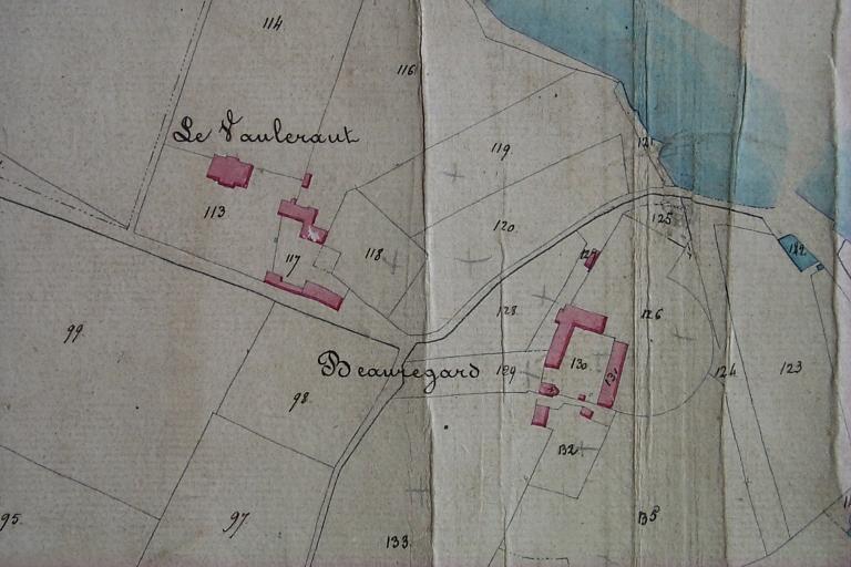 """Manoir du Vieux Vaulérault (Saint-Méloir-des-Ondes) ; Château dite """"malouinière"""" de Vaulerault (Saint-Méloir-des-Ondes) ; Château dite """"malouinière"""" de Beauregard (Saint-Méloir-des-Ondes) ; Chapelle Sainte-Radegonde, Beauregard (Saint-Méloir-des-Ondes)"""
