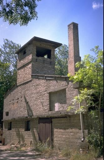 Briqueterie puis usine de boulangerie, la Landelle (Saint-Jouan-des-Guérets) ; Architecture artisanale, industrielle ou commerciale sur la commune de Saint-Jouan-des-Guérets