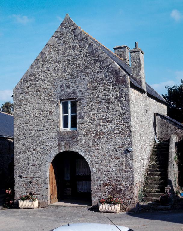 Grange, Lesmaec (Locmalo) ; Les maisons et les fermes de Locmalo
